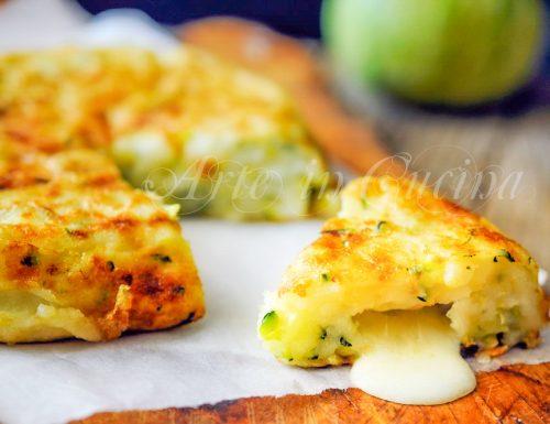 Frittata di zucchine senza uova in padella