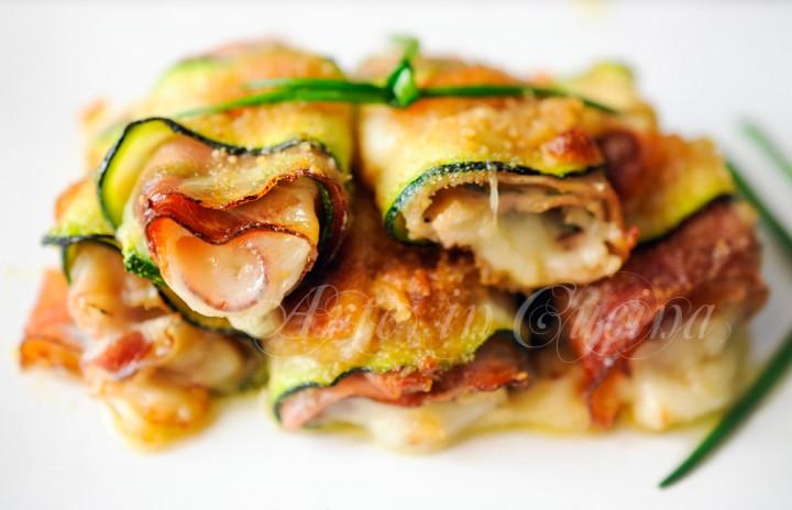 Involtini di zucchine gratinate al forno ripieni