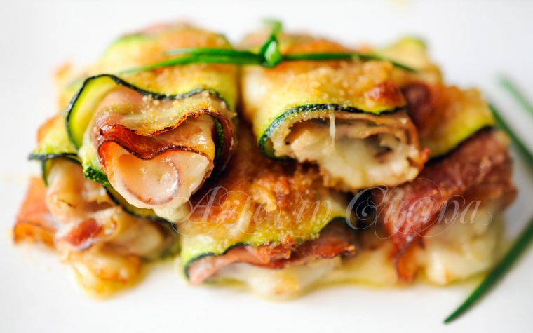 Involtini di zucchine gratinate ripieni al forno