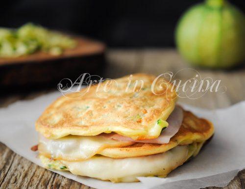 Pancakes zucchine e formaggio ricetta veloce