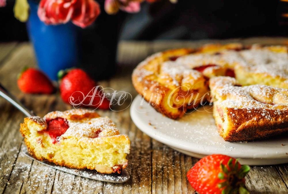 Torta fragole yogurt e mandorle in padella veloce vickyart arte in cucina