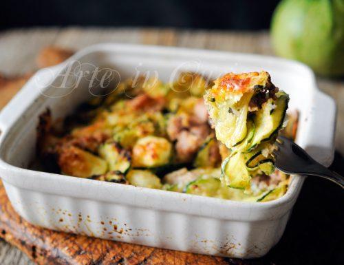 Zucchine pasticciate gratinate con salsiccia