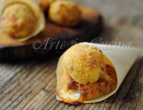 Bombe di prosciutto e patate ricetta sfiziosa