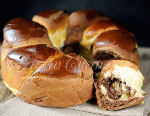 Ciambellone di pan brioche alla ricotta intrecciato