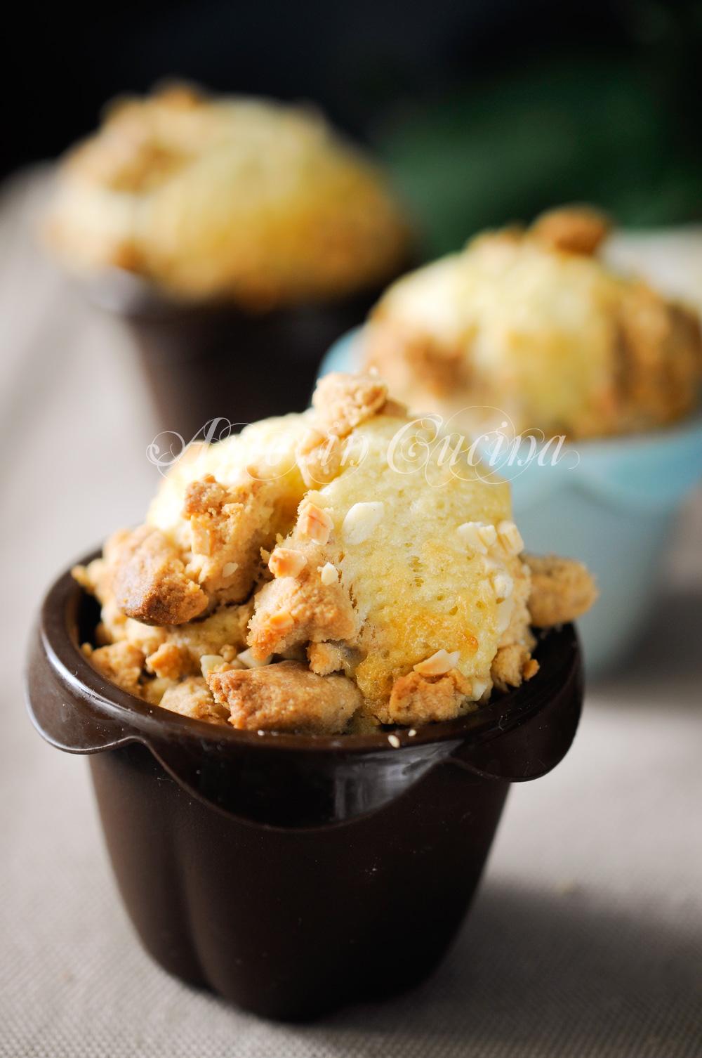 Muffin alla cannella con sbriciolata di biscotti vickyart arte in cucina