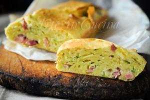 Plumcake con zucchine e salumi ricetta salata