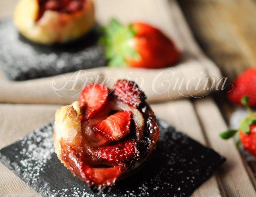 Rose di sfoglia fragole e nutella facili e veloci
