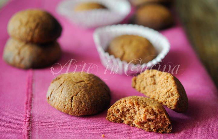 Biscotti agli amaretti e cacao ricetta veloce