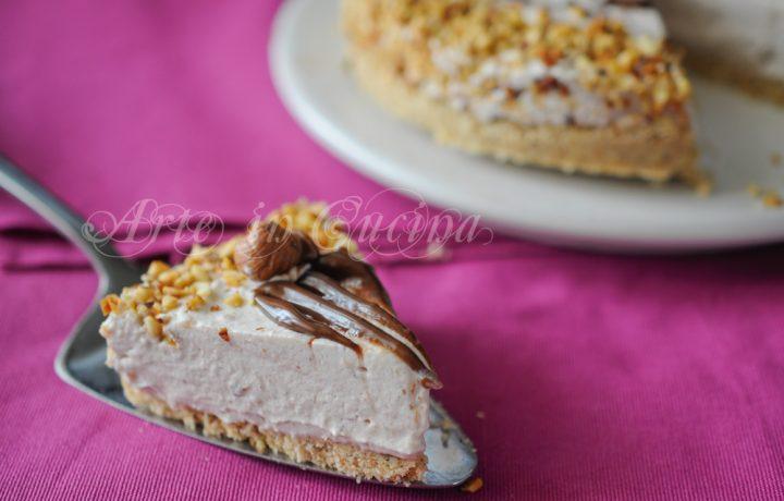 Cheesecake con nocciole al caffè e cioccolato