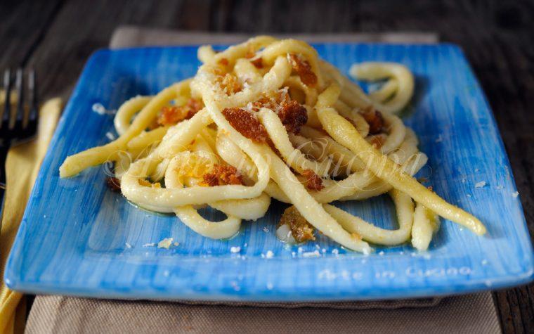 Pici con mollica ricetta toscana primo piatto