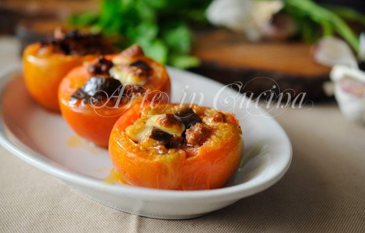 Pomodori ripieni di carne e melanzane al forno