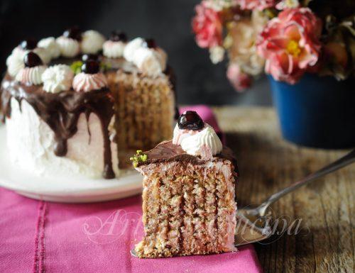 Torta biscotti cioccolato e panna ricetta veloce