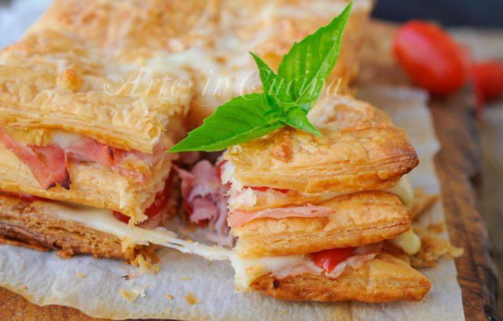Millefoglie salata prosciutto formaggio e pomodori