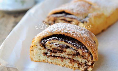 Rotolo di pan brioche alla nutella sfogliato facile