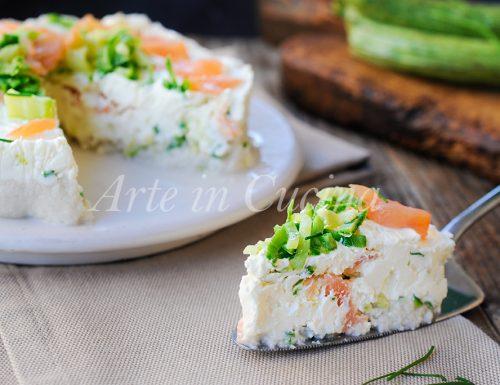 Cheesecake salata con ricotta zucchine e salmone