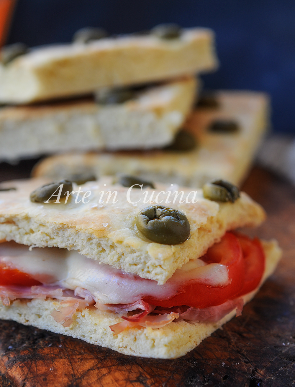 Focaccia alle olive verdi farcita ricetta veloce vickyart arte in cucina
