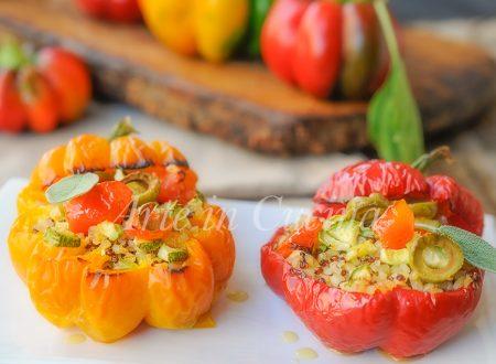 Peperoni ripieni di quinoa e bulgur con verdure