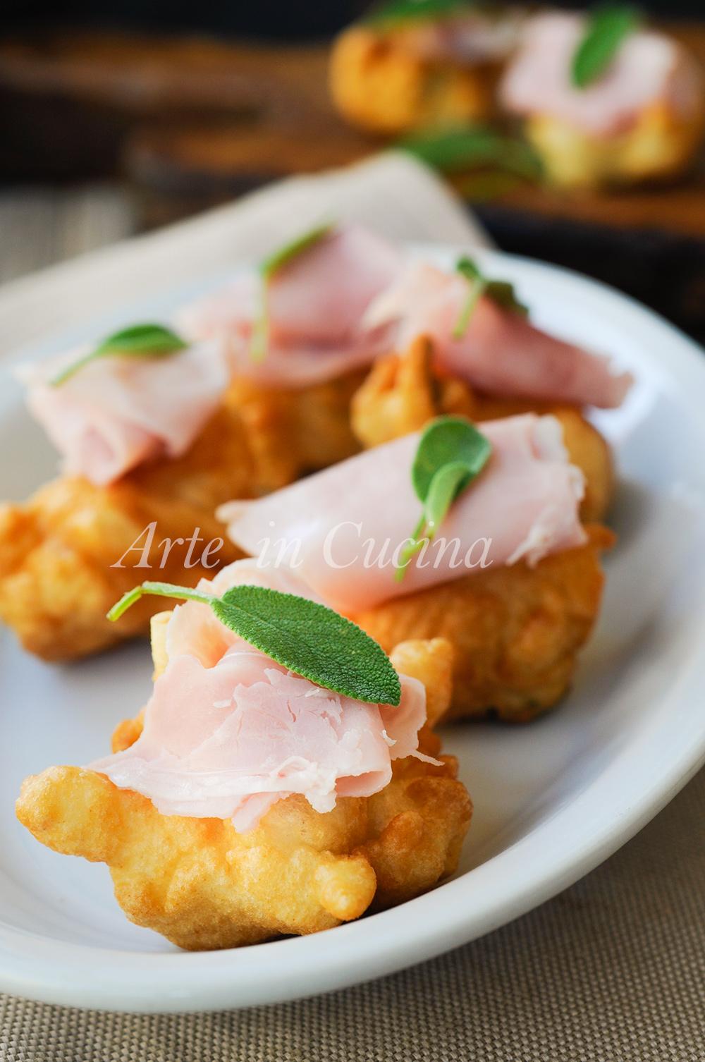 Sgonfiotti con crescenza e prosciutto ricetta antipasto vickyart arte in cucina