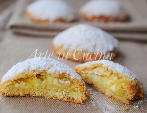 Frolle alla ricotta ananas e crema ricetta facile