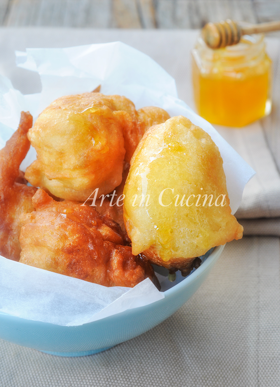 Loukoumades zeppoline dolci al miele ricetta greca vickyart arte in cucina