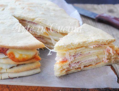 Millefoglie di piadine torta salata sfiziosa