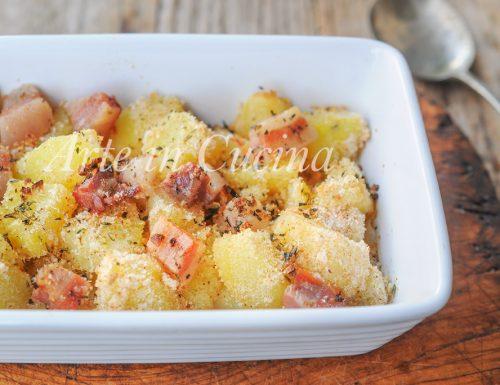 Patate con pancetta gratinate al forno ricetta facile