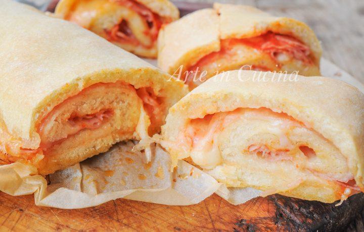 Stromboli pizza ripiena ricetta facile americana