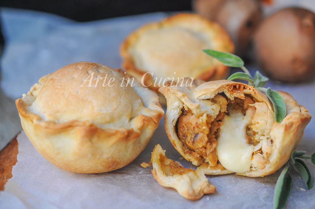 Tortine veloci ai funghi e pollo ricetta facile