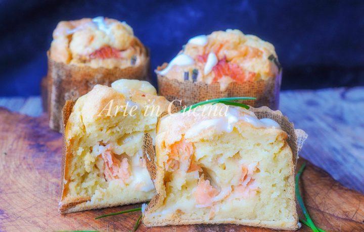 Panettoncini salati farciti al salmone e ricotta