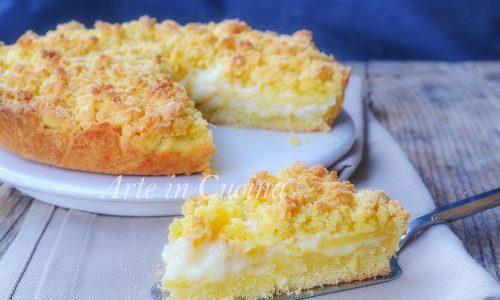 Sbriciolata all'ananas e crema pasticcera veloce