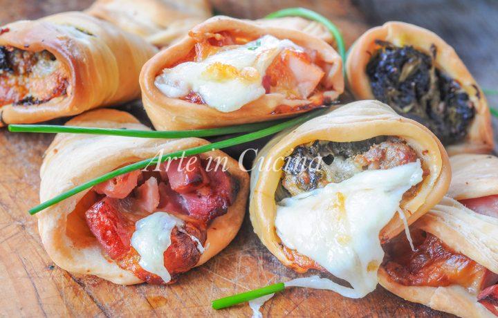 Sfogliatelle ricce salate ripiene ricetta napoletana