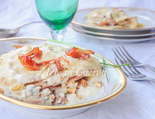 Lasagne gorgonzola speck e noci con besciamella