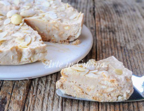 Torta Amanda napoletana mandorle e biscotti