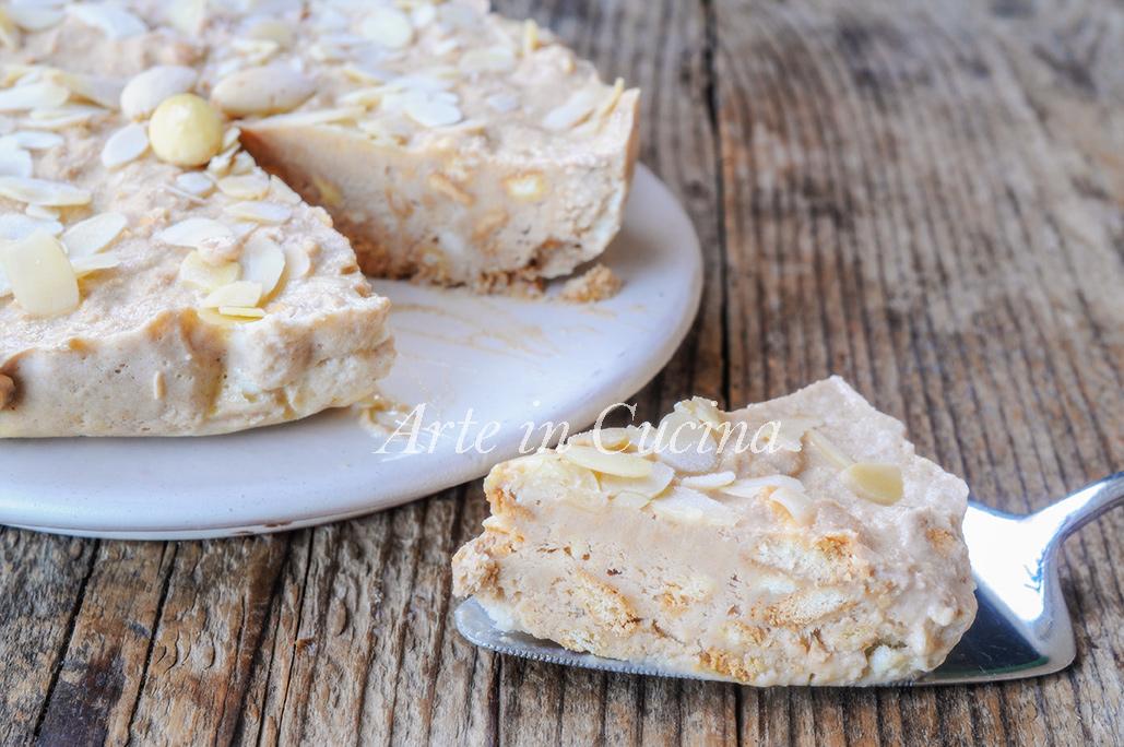 Torta Amanda napoletana mandorle e biscotti vickyart arte in cucina