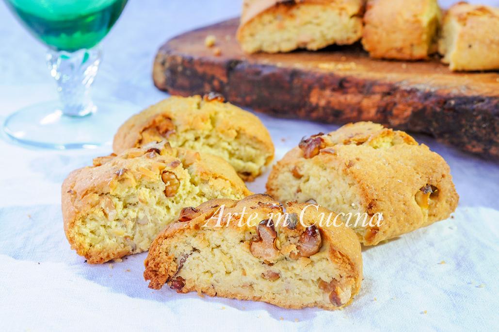 Tozzetti alle noci biscotti facili e veloci