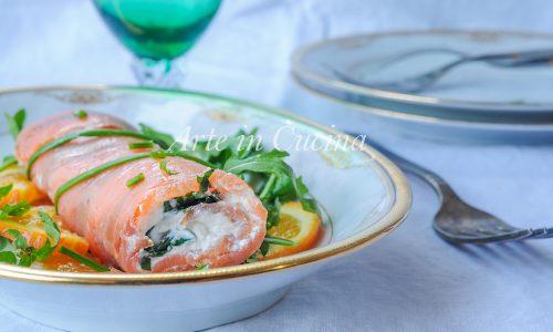 Tronchetto di salmone e rucola antipasto facile