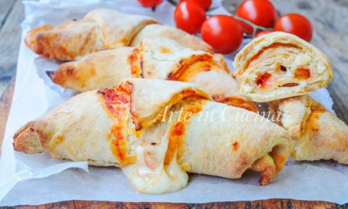 Cornetti gusto pizza alla ricotta ricetta veloce