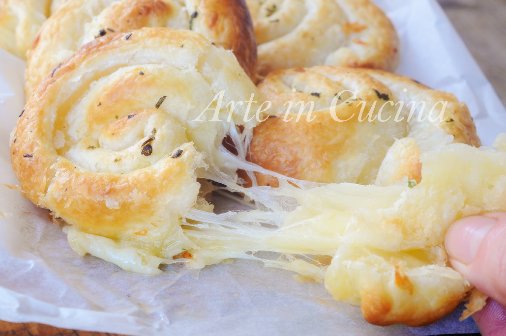 Girelle ripiene al formaggio ricetta velocissima vickyart arte in cucina