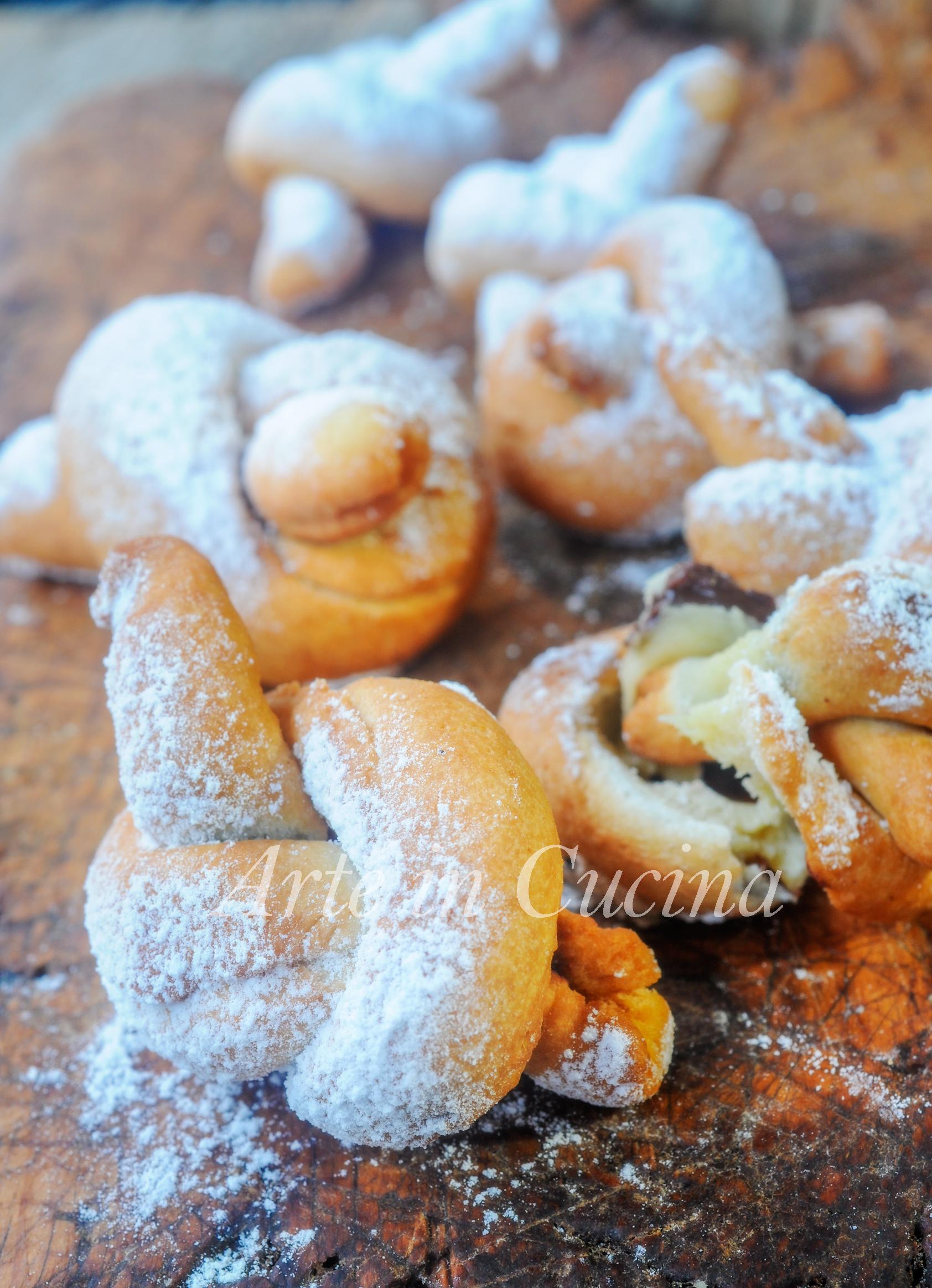 Nodini ripieni alla nutella dolci facili e veloci vickyart arte in cucina