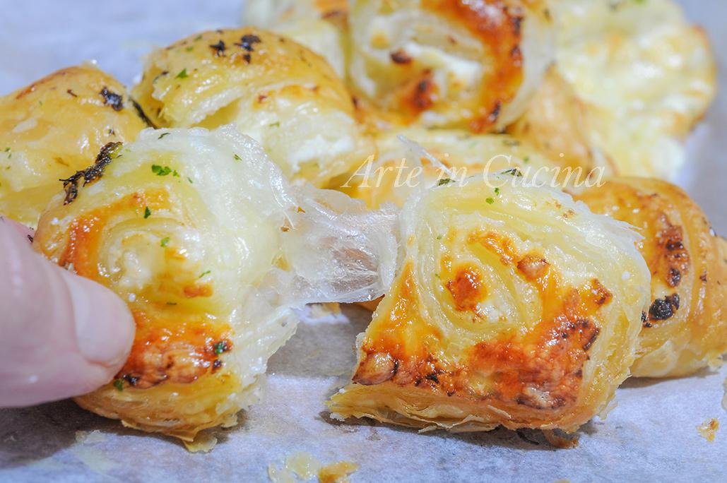Ventaglietti salati ricotta e formaggio veloci