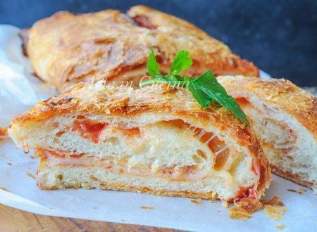 Rotolo parigina ripieno ricetta sfiziosa napoletana