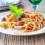 Spaghetti alla puttanesca piatto napoletano vickyart arte in cucina