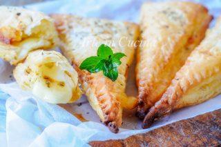Triangoli mozzarella e pomodoro con pasta sfoglia vickyart arte in cucina