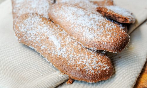 Savoiardi al cioccolato ricetta biscotti veloci