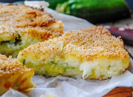 Focaccia morbida patate e ricotta con zucchine filante