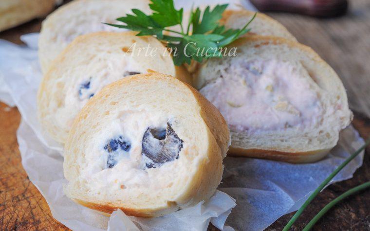 Girelle di pane con mousse antipasto freddo veloce