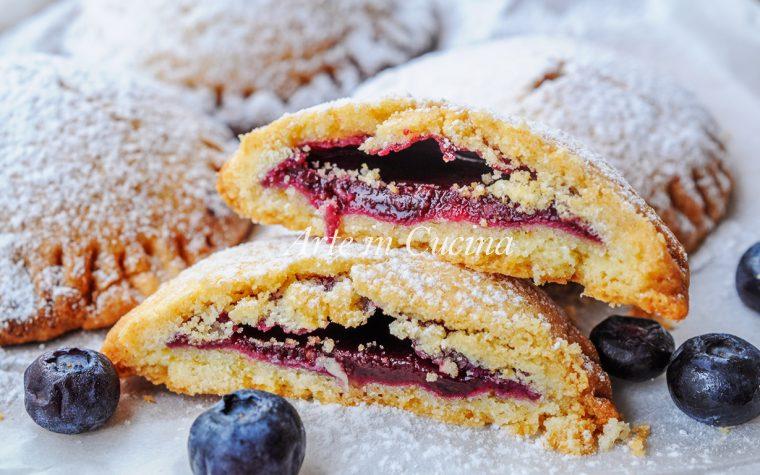 Medaglioni con marmellata di mirtilli biscotti veloci