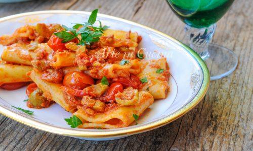 Paccheri con pomodorini tonno e olive ricetta veloce