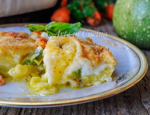 Terrina di patate e zucchine gratinate con besciamella