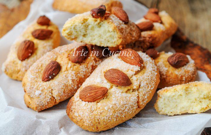 Biscotti da latte dolci da colazione ricetta veloce